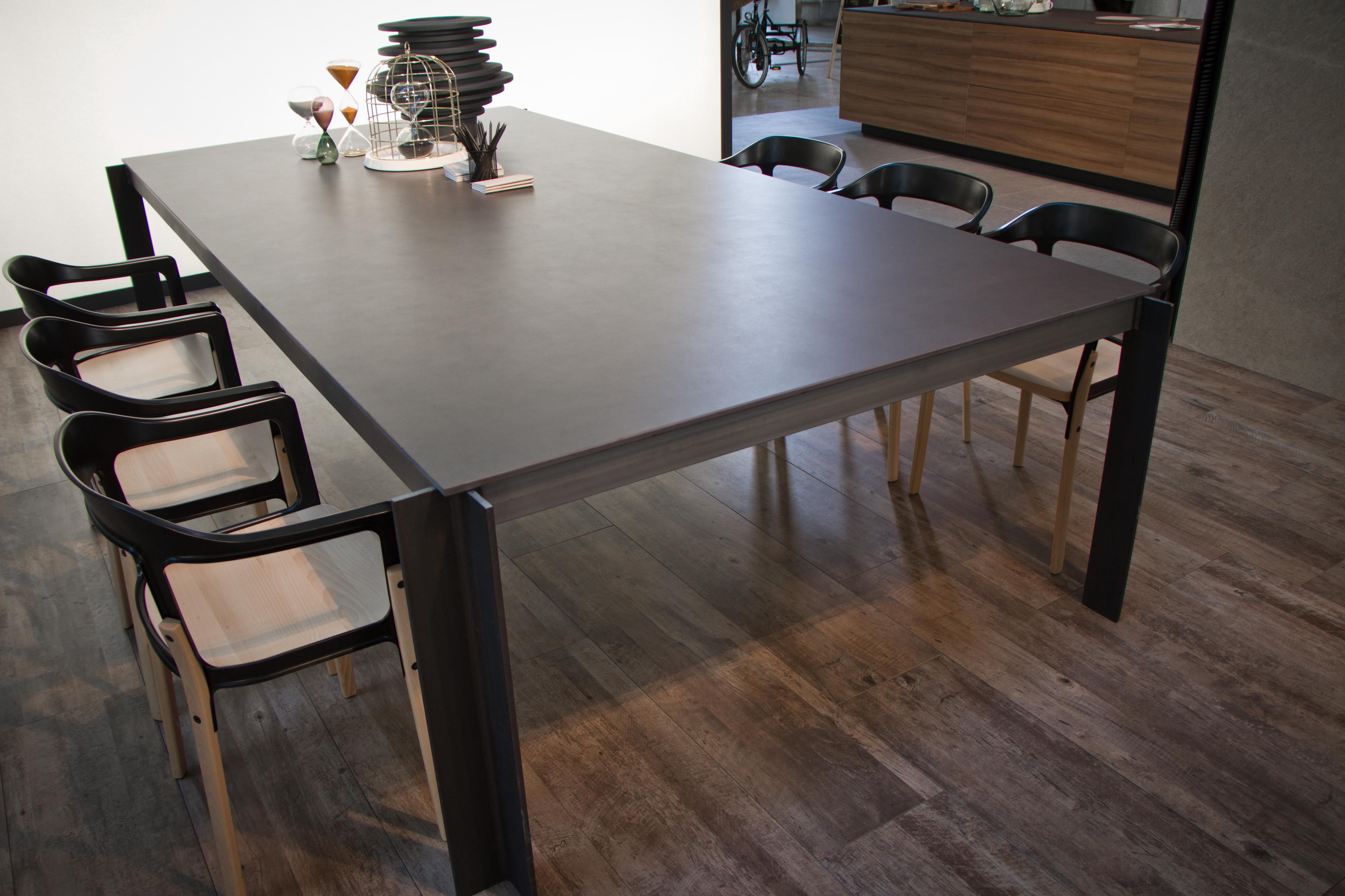 Foster Itopker Table Top And New Evoque Series Porcelain Wood In Mercado Colón Home Decor Dining Table Interior Design