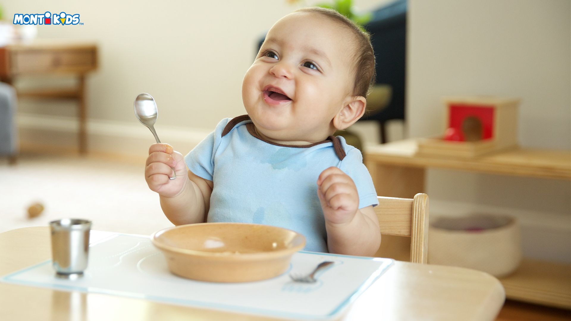 76925377dbdc3859a052d12ee186ab2b - How To Get Baby To Eat From A Spoon