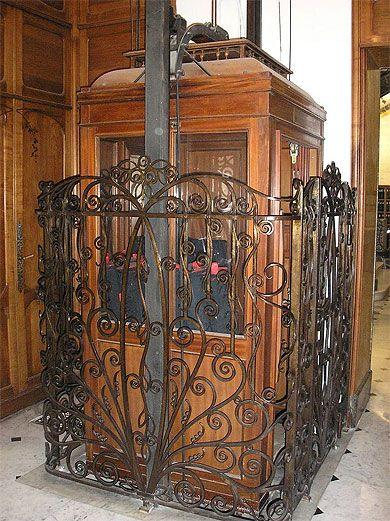 Ascenseur Historique Nice Ascenseur Fer Forge Art Deco