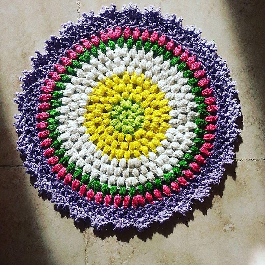 جمعة مباركه اللهم صلي وسلم على محمد وعلى آله وصحبه اجمعين  I finished Testing amazing puffs on parade mandala Designed by lovely @mobiusgirl #craftastherapy #crochet #crochetaddict #crochetersofinstagram #crochetmandala #mandalasofinstagram #mandalaar
