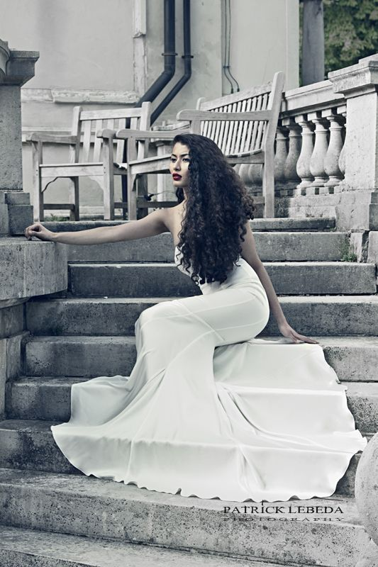 Amazing White Gown Gown Dress White Fashion Stairs