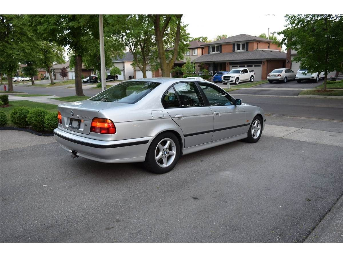 Rare 1999 525tds (turbo diesel). Manual. No Rust. Possibly the most  comfortable highway BMW ever.