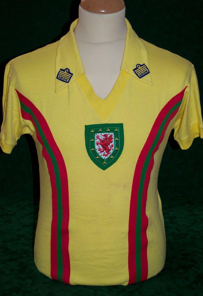buy online b98ed 6aa4a Rod Thomas Admiral Away 1977 | Football Shirt | Wales ...