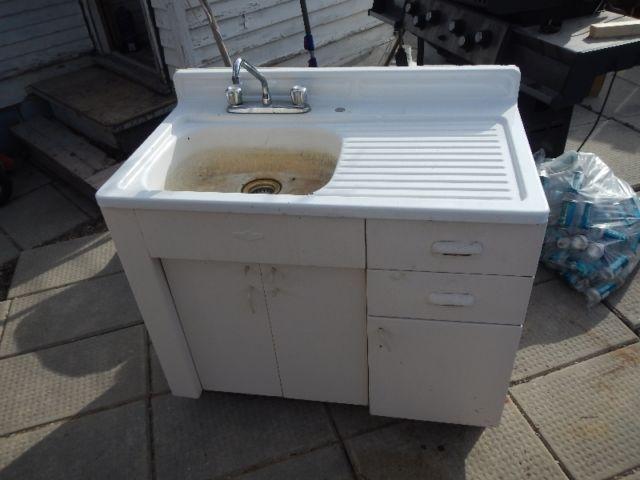 Sink with vanity | plumbing, sinks, toilets, showers | Winnipeg ...