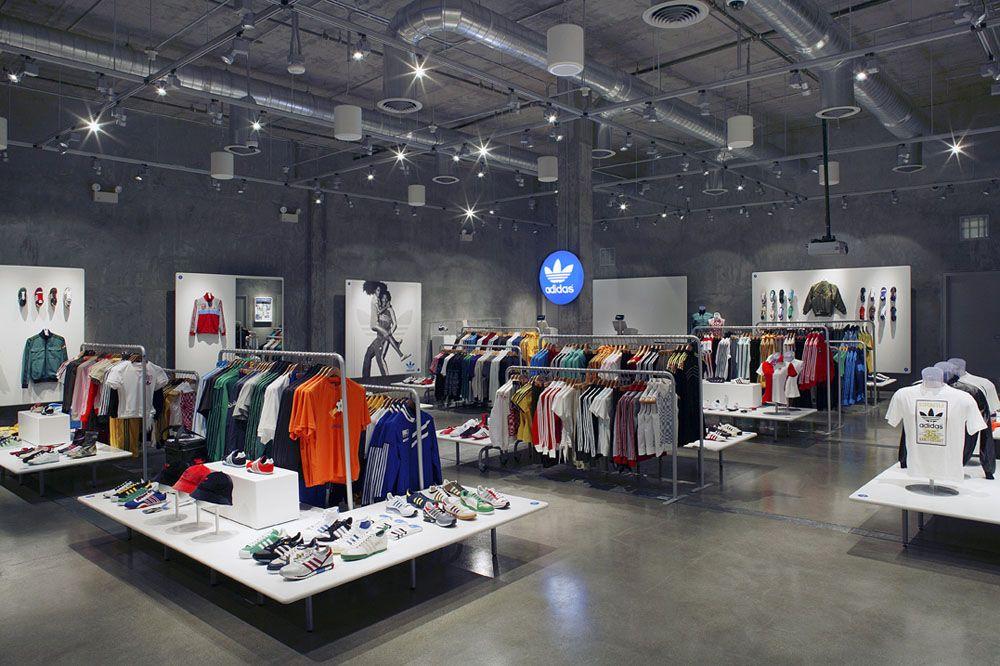 Adidas Retail Store Roadrunner