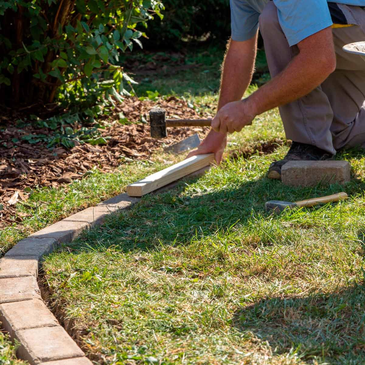 How to Install Concrete Flower Bed Edging #flowerbeds