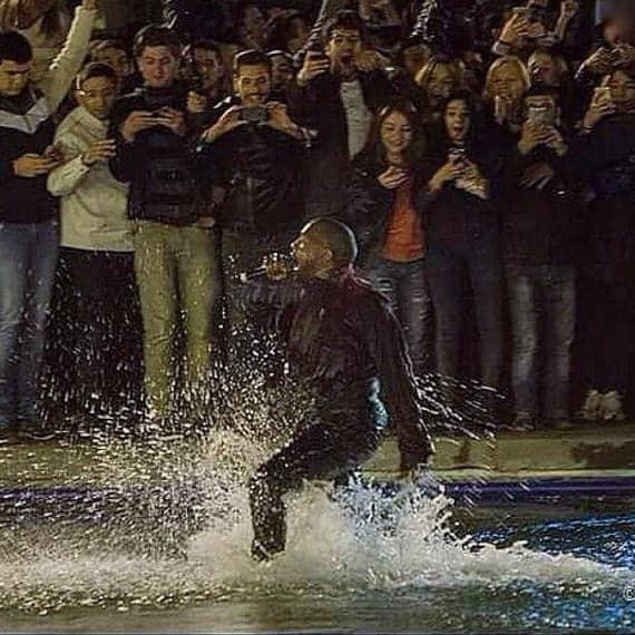 Kanye West Jumped Into Swan Lake In The Middle Of His Free Concert Concert Kanye Free Concerts