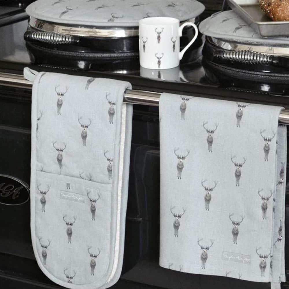 sophie allport double oven gloves stag design