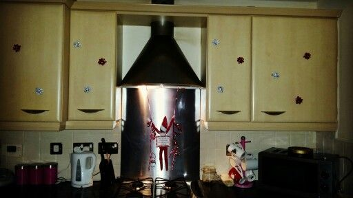 Decorate the kitchen :)