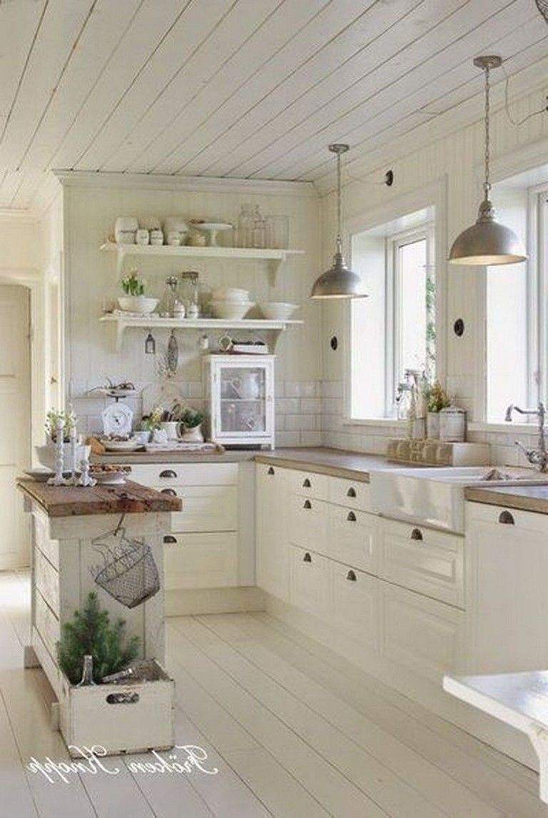 30 Awesome Small Farmhouse Kitchen Decor Ideas Best For Your Farmhouse Design Page 21 Of 32 Kitchen Remodel Small Kitchen Design Small Country Kitchen