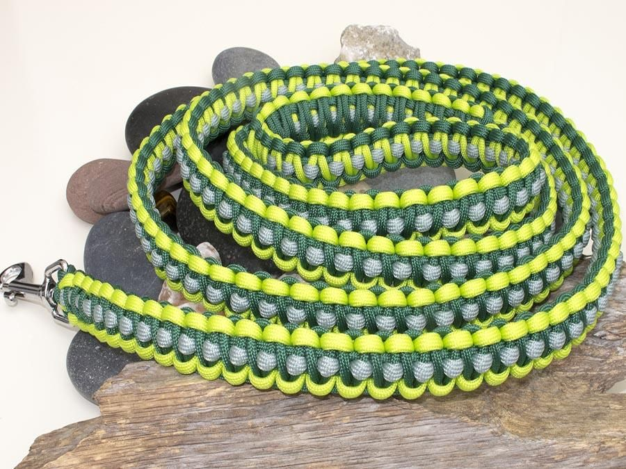 Two Tone Green & Silver Paracord Dog Lead (With images