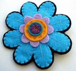 Rose brooch made of felt