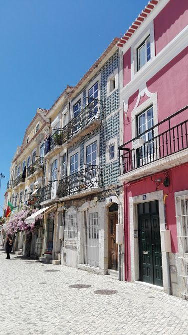 colored buildings in portugal