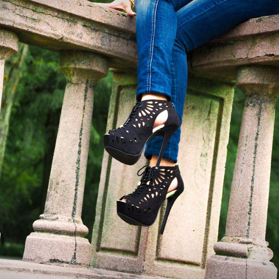 #PriceShoes #Fashion   #Shoes #Booties #Tacones #Lamodamasdeseada #Vivelamoda  #style #urban      Pídelos aquí ► http://tiendaenlinea.priceshoes.com/