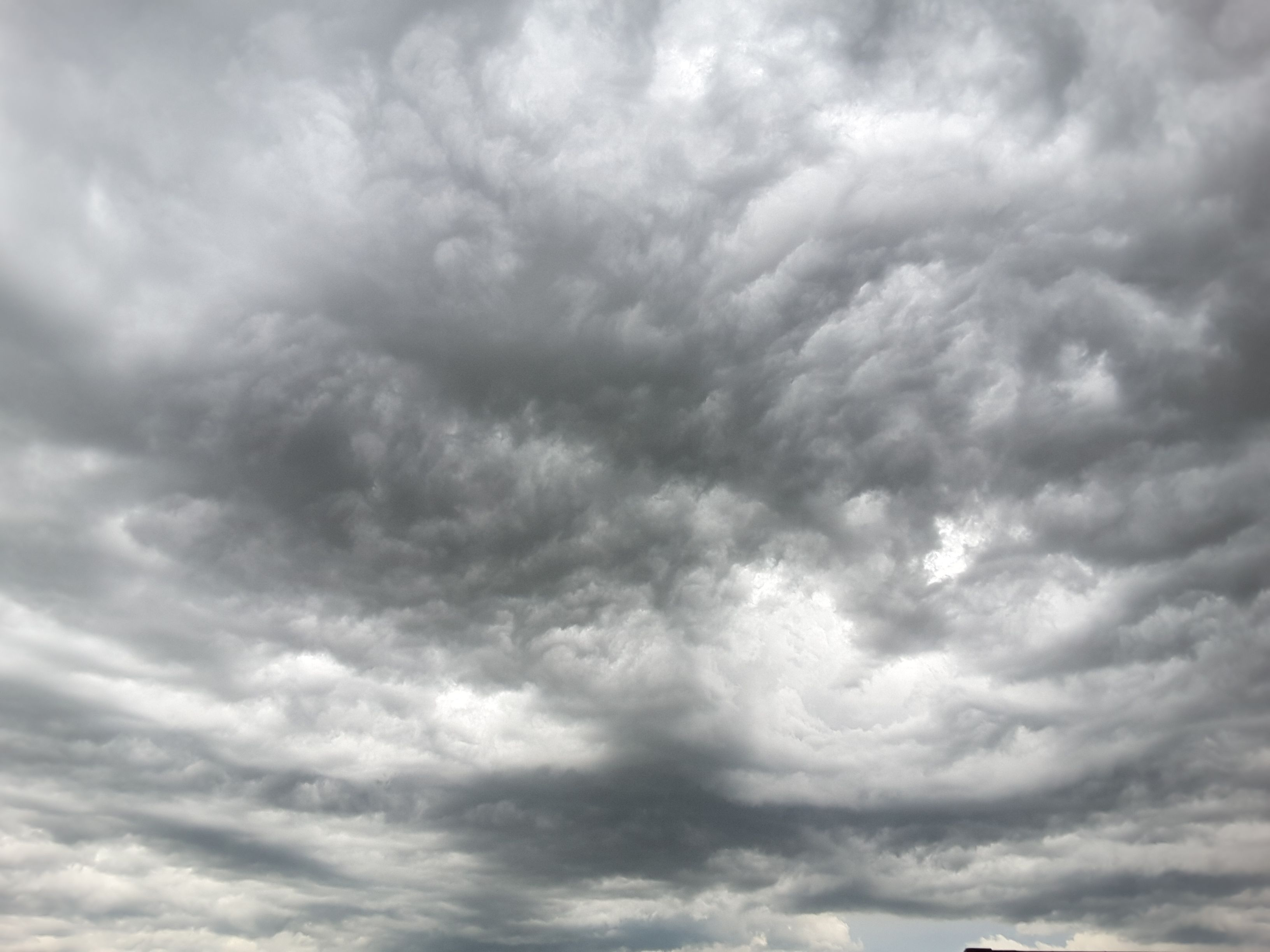 I Am Not Sure If This Is Beautiful Or Scary This Is The Clouds In