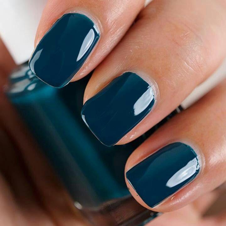 Dark blue nails | Uñas. .. | Pinterest