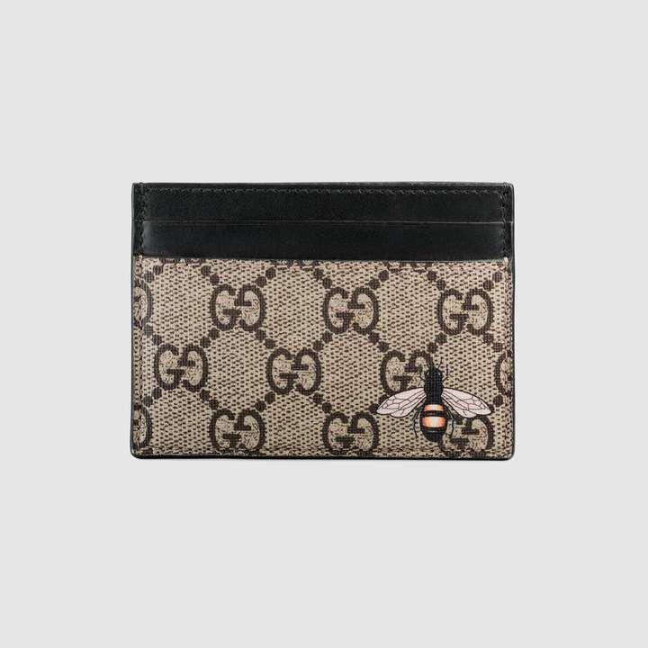 2e00afd1f2b0e9 Gucci Bee print GG Supreme card case   Fashion Parts   Gucci card ...