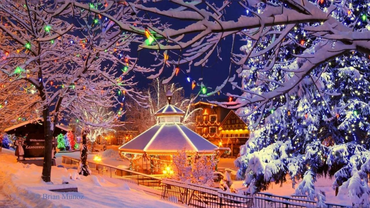 Leavenworth Wa Dec Holiday Concerts Plaza Light Show Carolers Sleigh Rides Sledding Etc