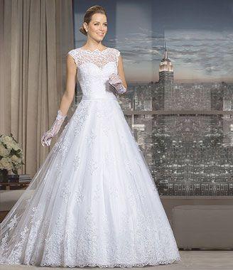50c6ff309 Débora NOIVAS - Aluguel de vestido de noiva traje a rigor e carro para  casamento Niterói SG RJ