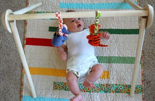 Aktivity pre bábätká – Štvrté obdobie | montessoridoma