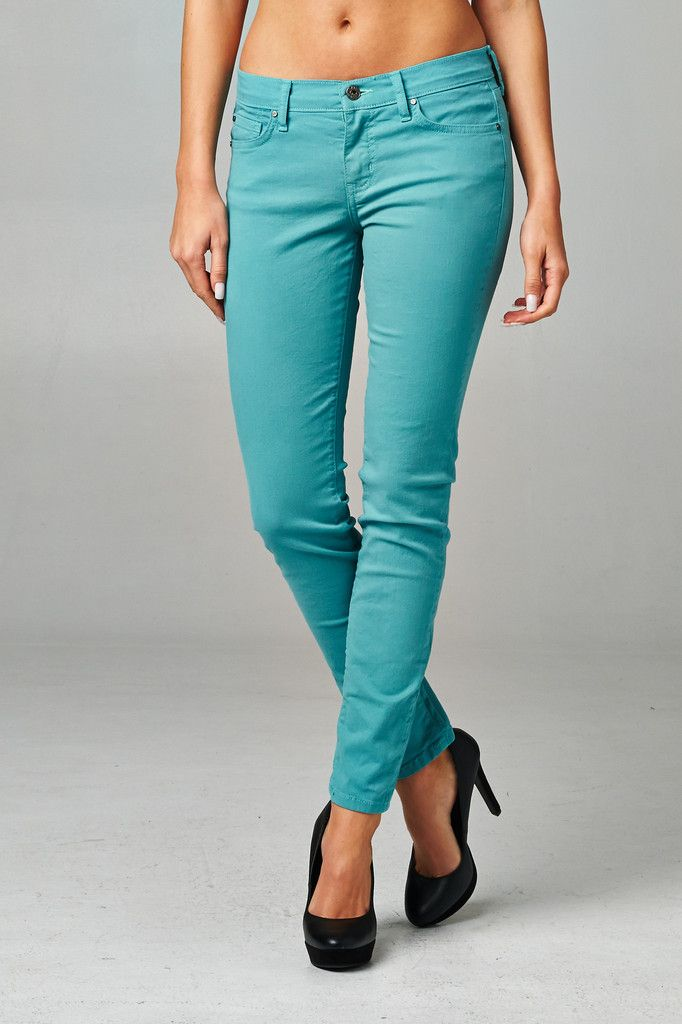 - Tiffany Blue  #tiffanyblue #coloredskinnys