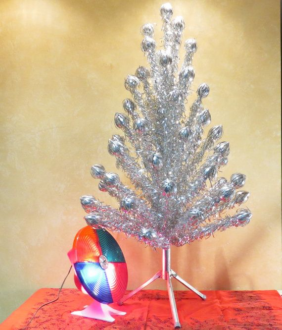 Silver Tinsel Christmas Tree With Color Wheel
