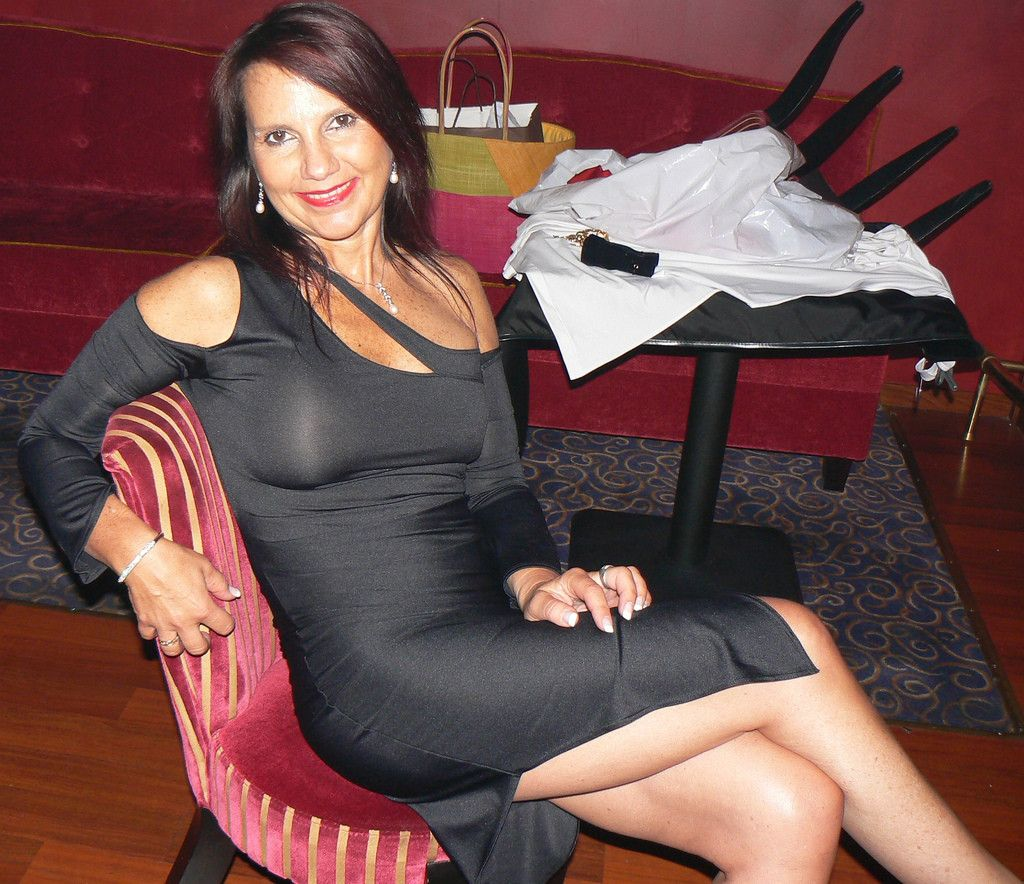 donaldson single mature ladies Top tips for dating older women  mature women love this and want men like this  44 dating experts share their #1 tips for dating older.
