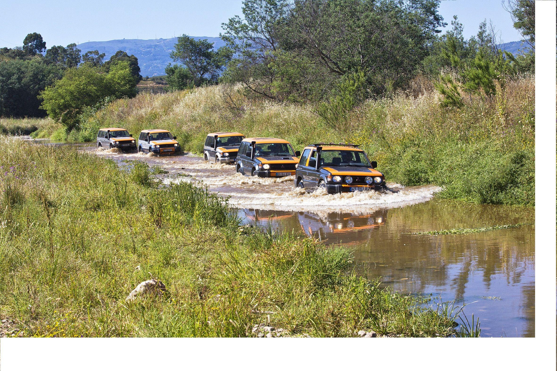 Algarve Jeep Safari Tours In 2020 Safari Tour Boat Tours Algarve