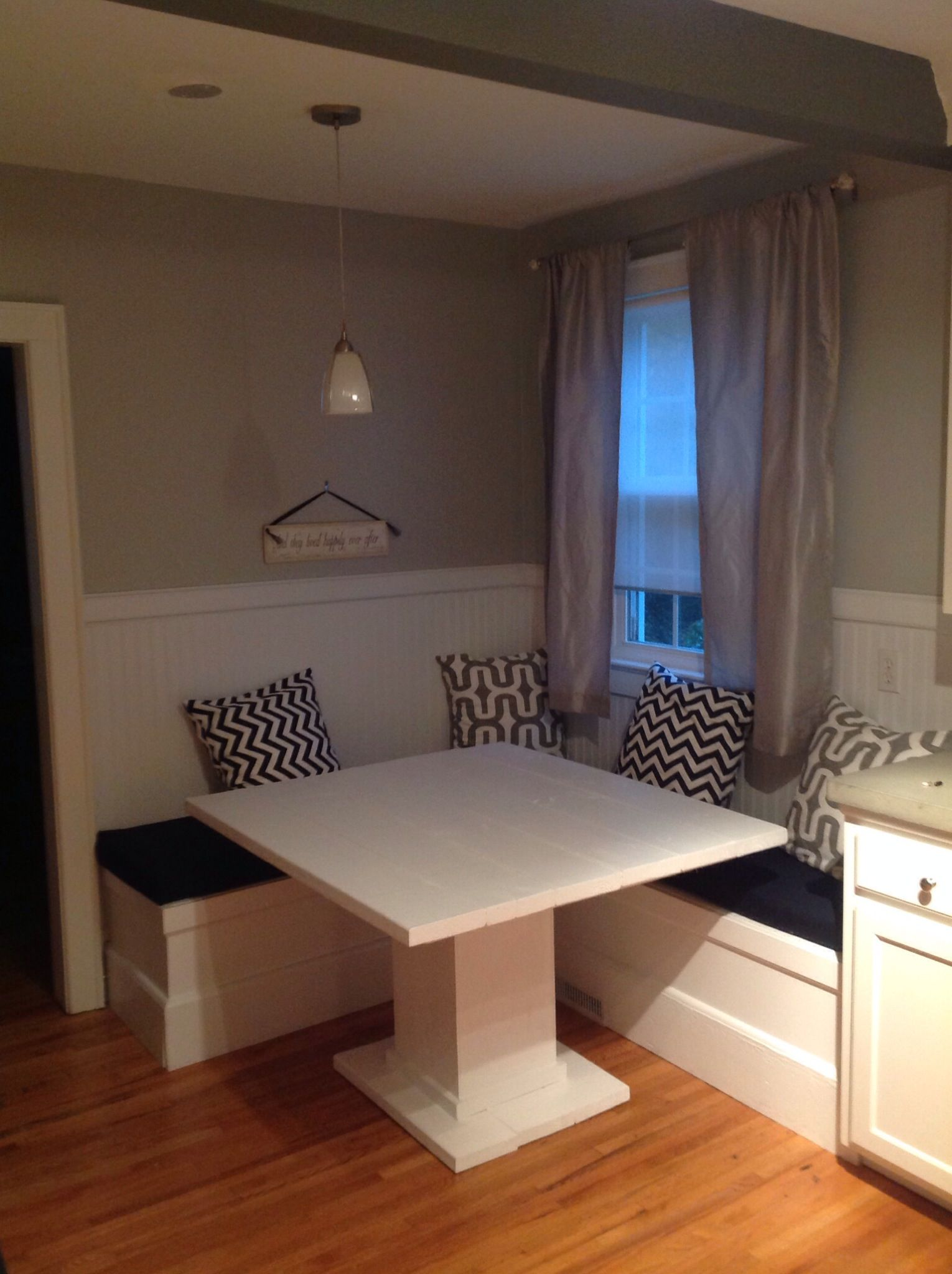 How To Make A Custom Breakfast Seating Nook Making It