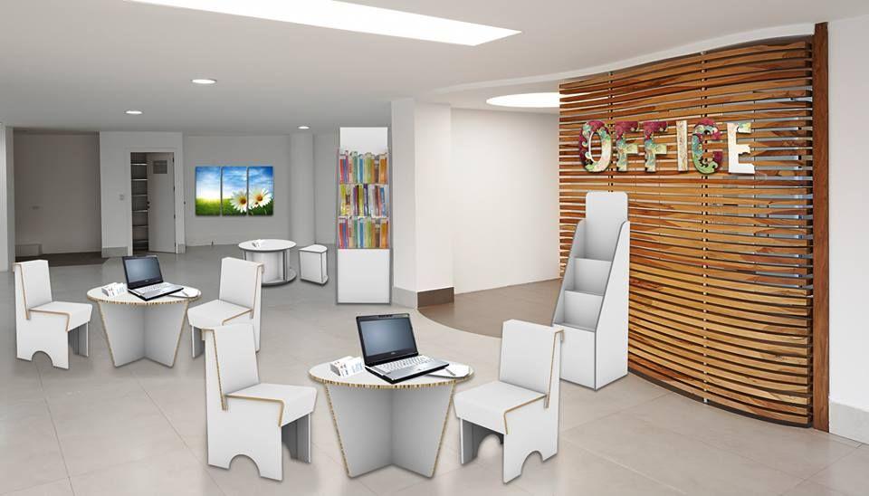 Sedie , tavolino e librerie in Reboard completamente ecologico e personalizzabile.