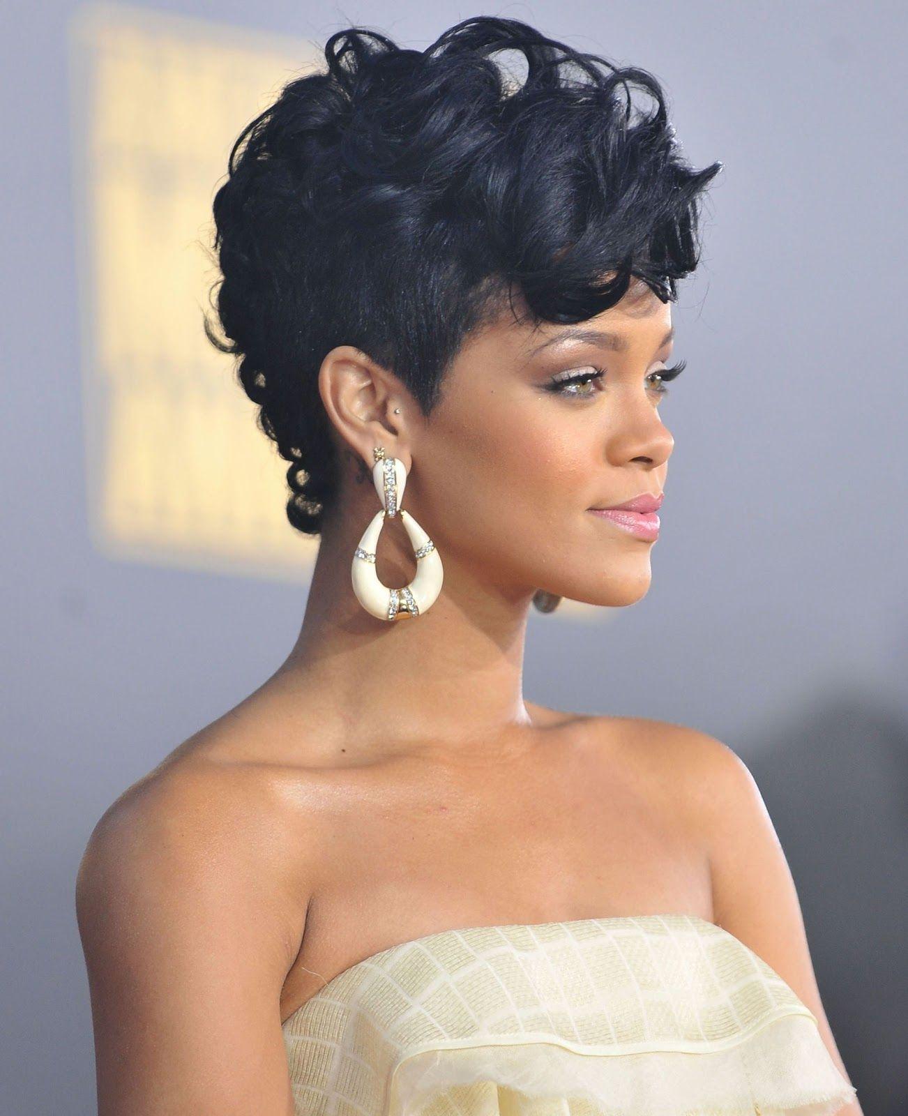 Rihannaus hair at the american music awards fabulous