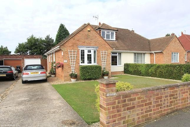 Property for sale - 4 bedrooms in 37, Fennels Farm Road, Flackwell Heath, High Wycombe, Buckinghamshire HP10 - 30011529