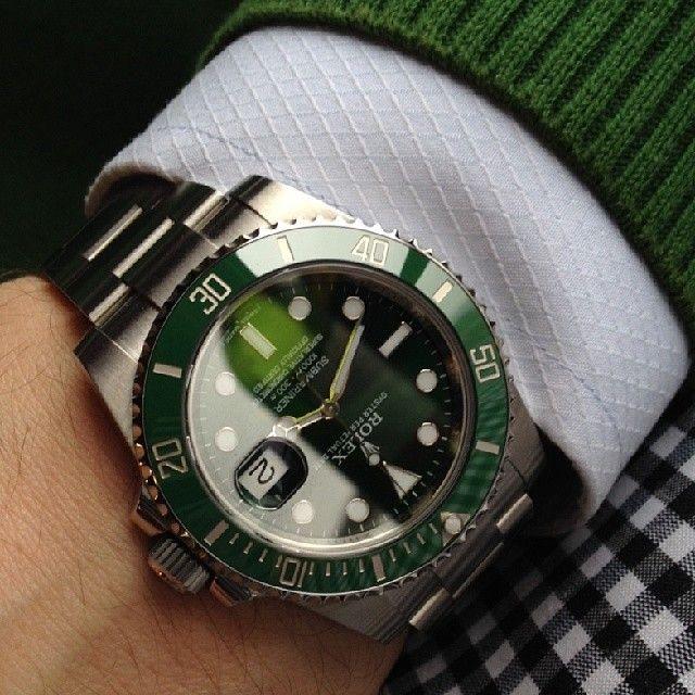 Rolex Submariner Hulk On Wrist