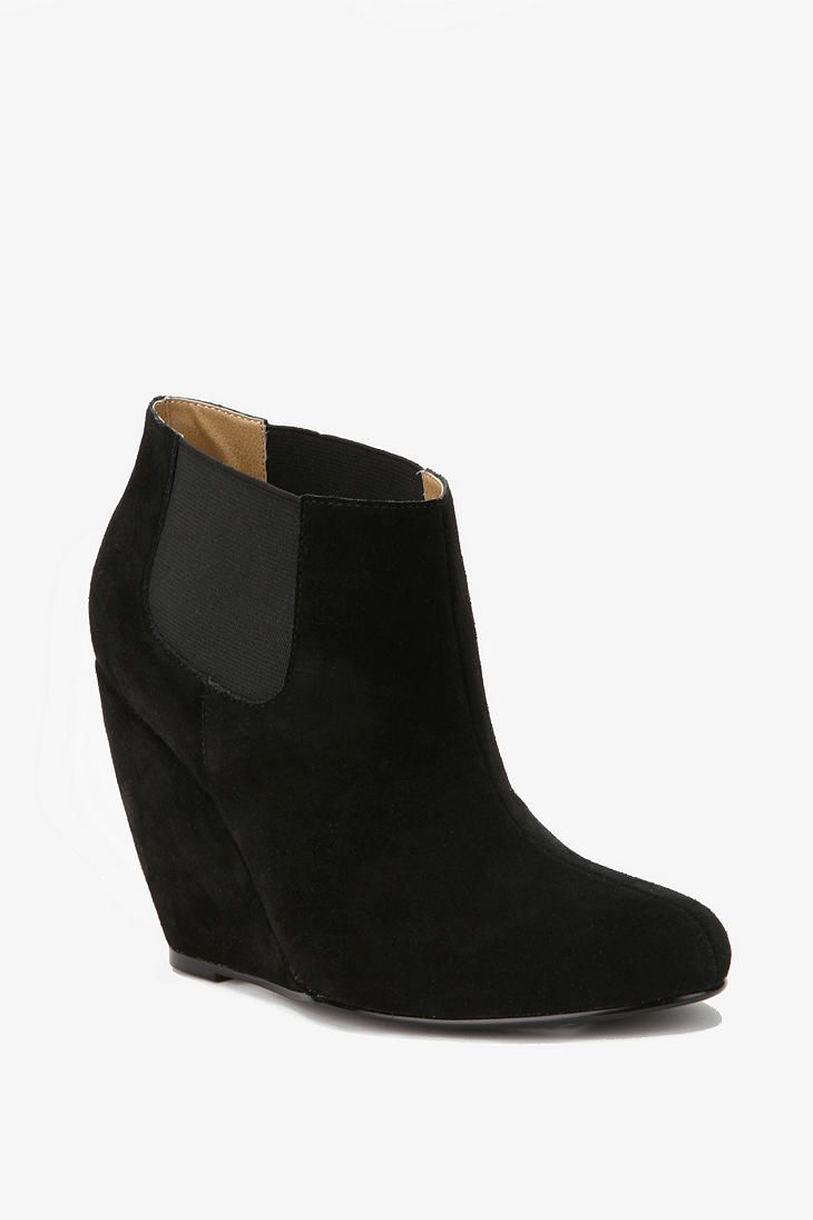 1cbd6a6f722a chelsea wedge boots ♥ Suede Chelsea Boots