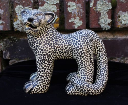 Cream-Jaguar-Pottery-Hand-Made-Mayan-Chiapas-Mexico-Folk-Art-Tribal-Panther