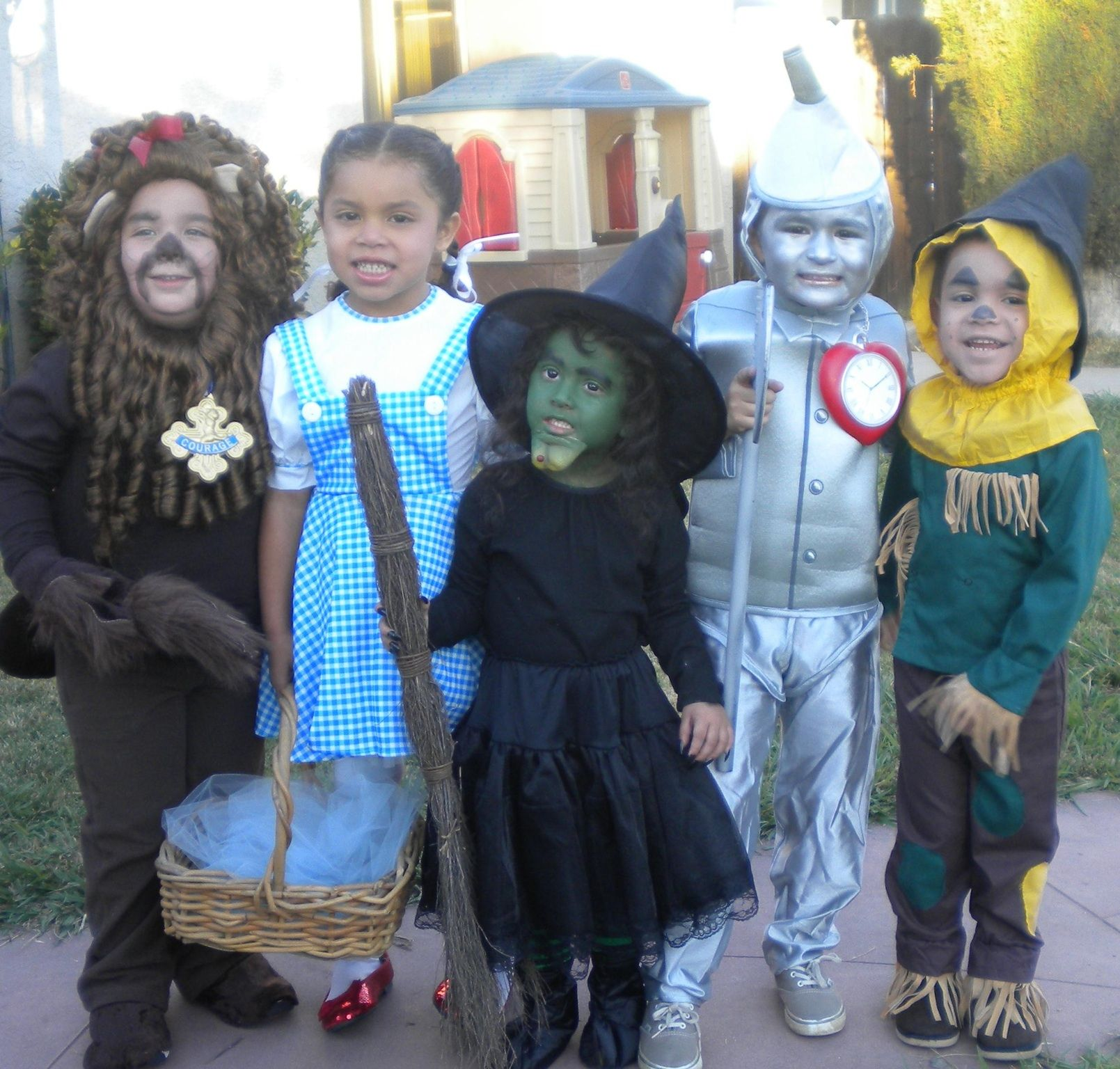 Wizard of Oz kids group costume idea!! )  sc 1 st  Pinterest : wizard of oz group costumes  - Germanpascual.Com