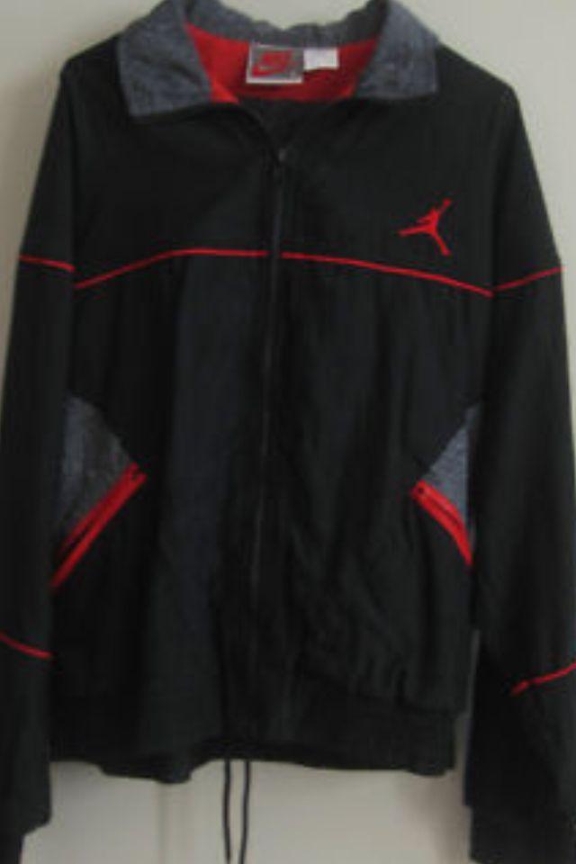 516ec7257da3 AJ 3 - Black colour range Warm up suit 1988 Grey tag