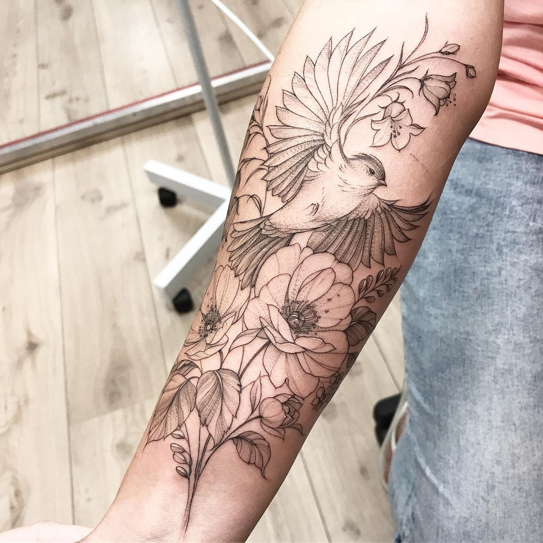 "Olga Koroleva тату-мастер on Instagram: ""💙 #tattooartist #tattoomoscow #switzerlandtattoo #graphictattoo #wowtattoo #peonytattoo #colortattoo #ink #flowertattoo #tattoo2me…"""