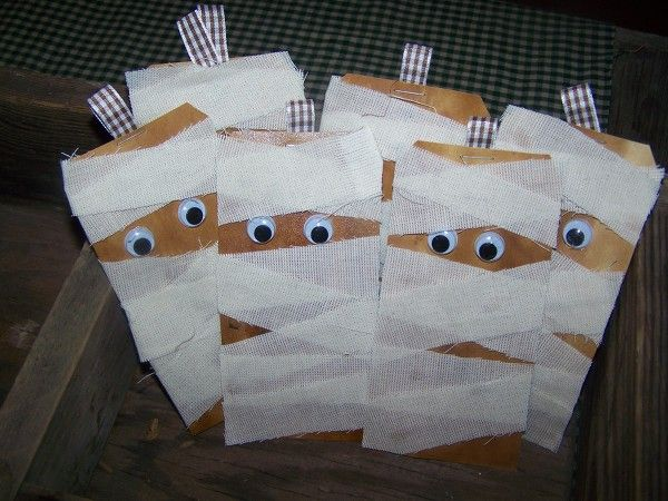 Invites Use Small Brown Bags Decorate Outside And Put Party