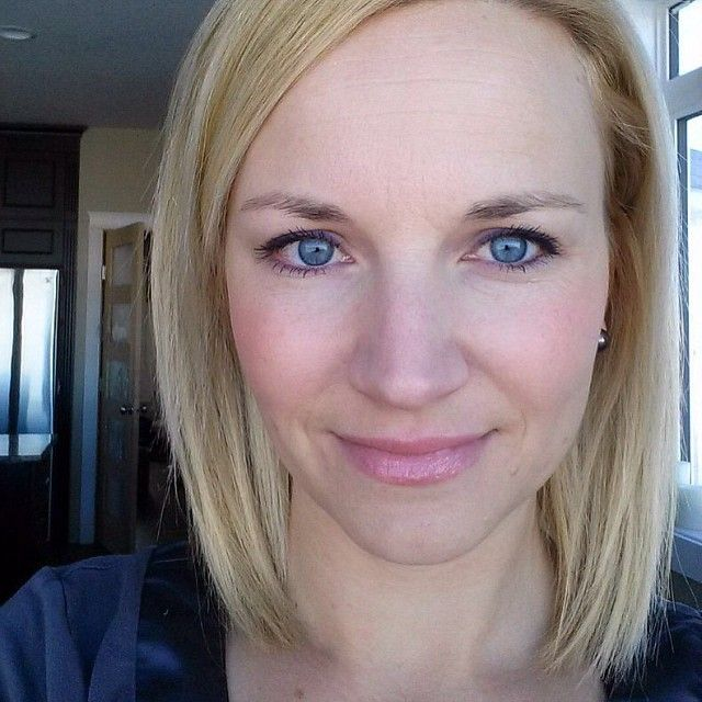 5 Minute Makeup Look From @Marcelle Thompson #MarcelleMoms