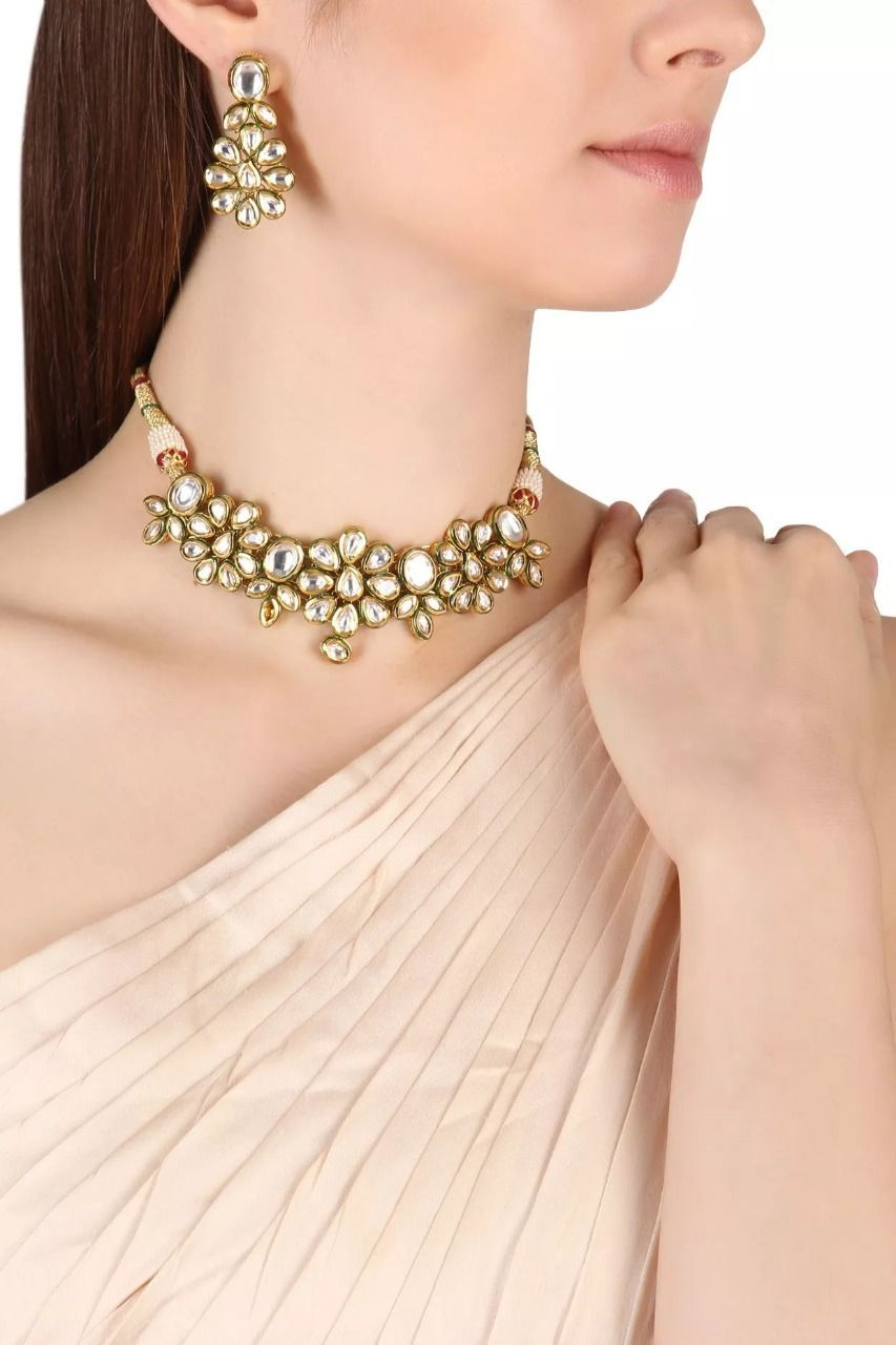 d777d7e752acd9 ZEVAR BY GEETA Gold Finish Floral Kundan Choker Necklace Set #zevarbygeeta  #gold #finish #kundan #choker #necklace #set #goldnecklace