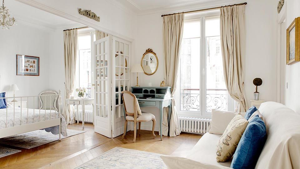 Welcome To The Rosette, A Charming Two Bedroom, One Bathroom Vacation  Apartment In The
