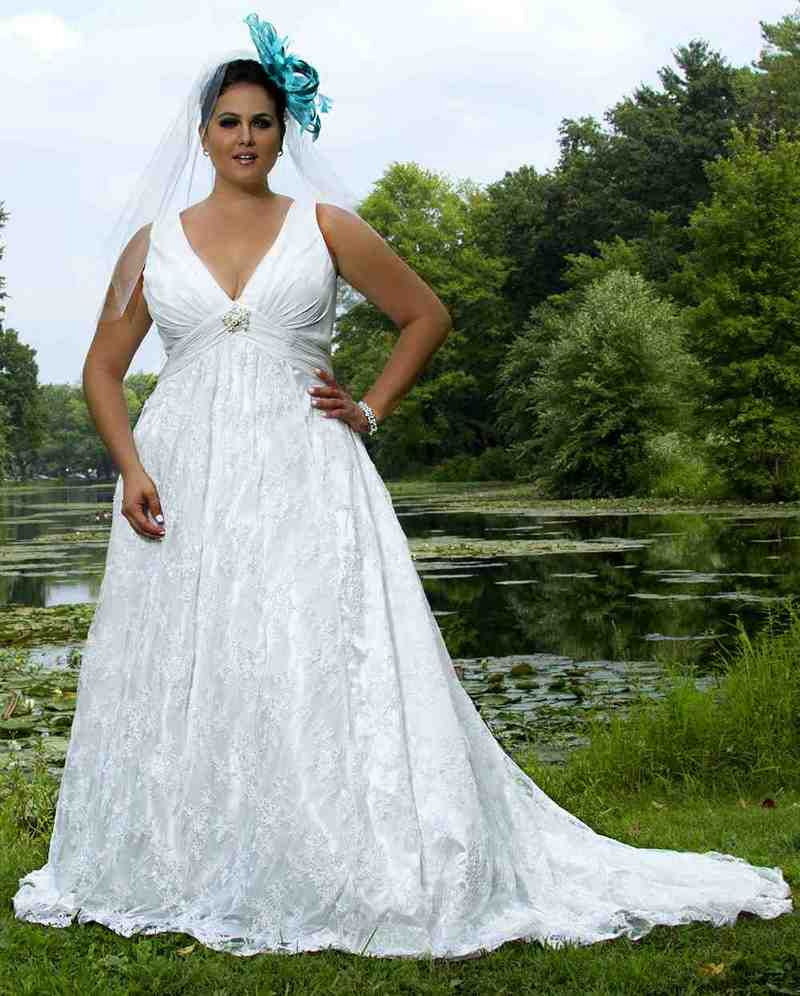 Plus size white wedding dresses  Super Plus Size Wedding Dresses  wedding stuff  Pinterest