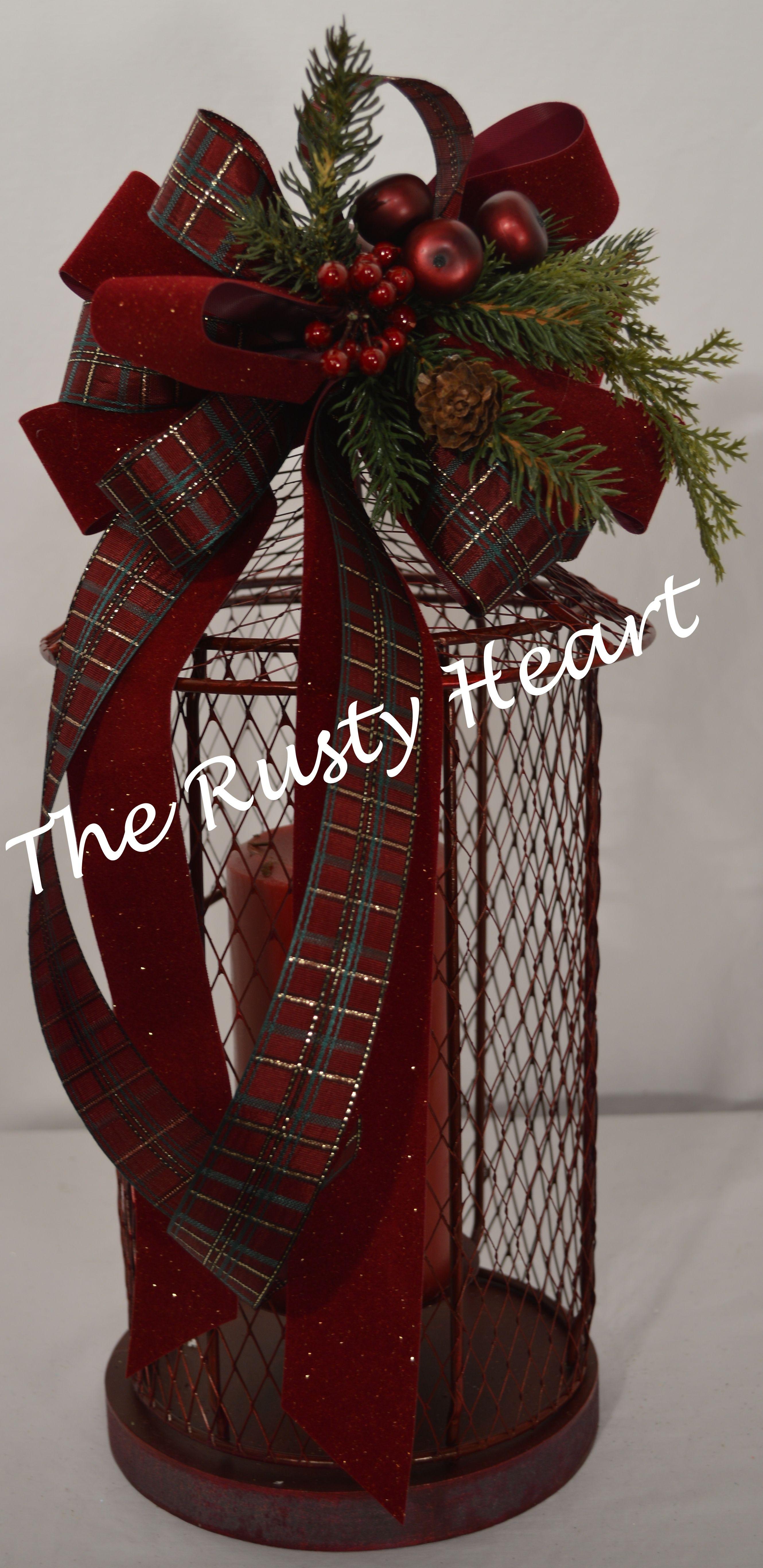 Decorated mesh lantern decorating for christmas for Images of lanterns decorated for christmas