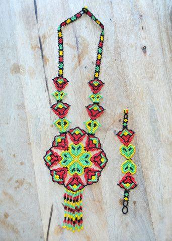Colombian Flower Necklace Set