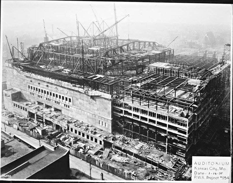 K C Municipal Auditorium Construction In 1935 Municipal