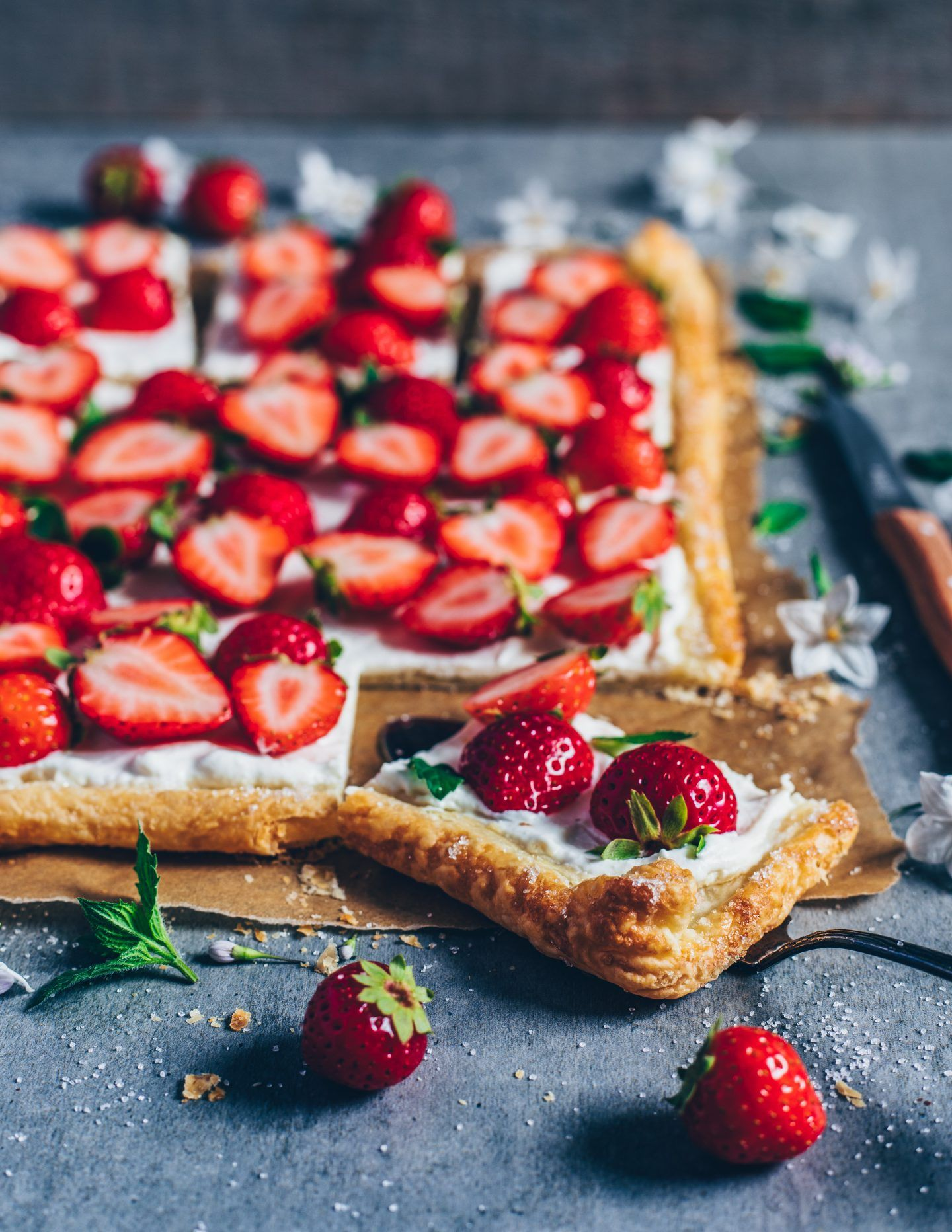 Vegan Strawberry Cream Puff Pastry Tart - Bianca Zapatka | Recipes