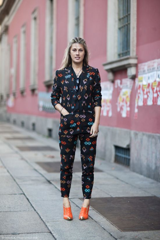 Matching print suit! Love the shoes - Natalie Hartley
