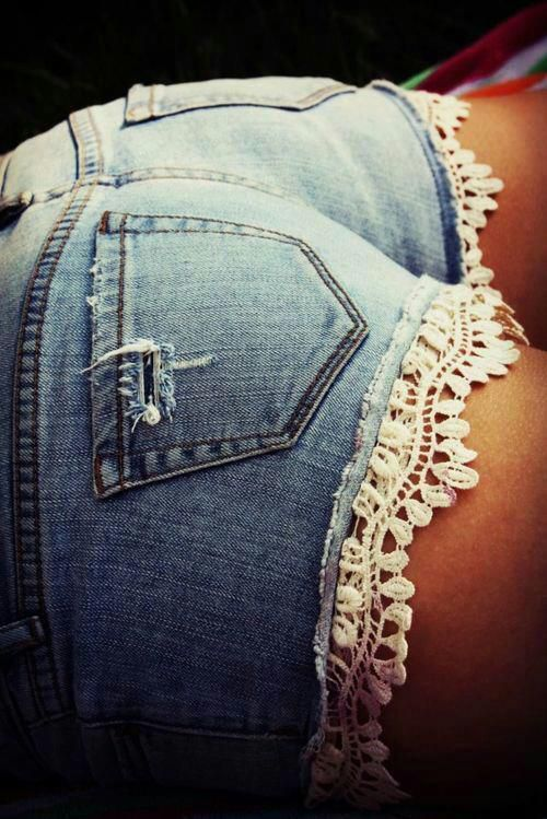 jeans    on Fashionfreax you can discover new designers, brands & trends.
