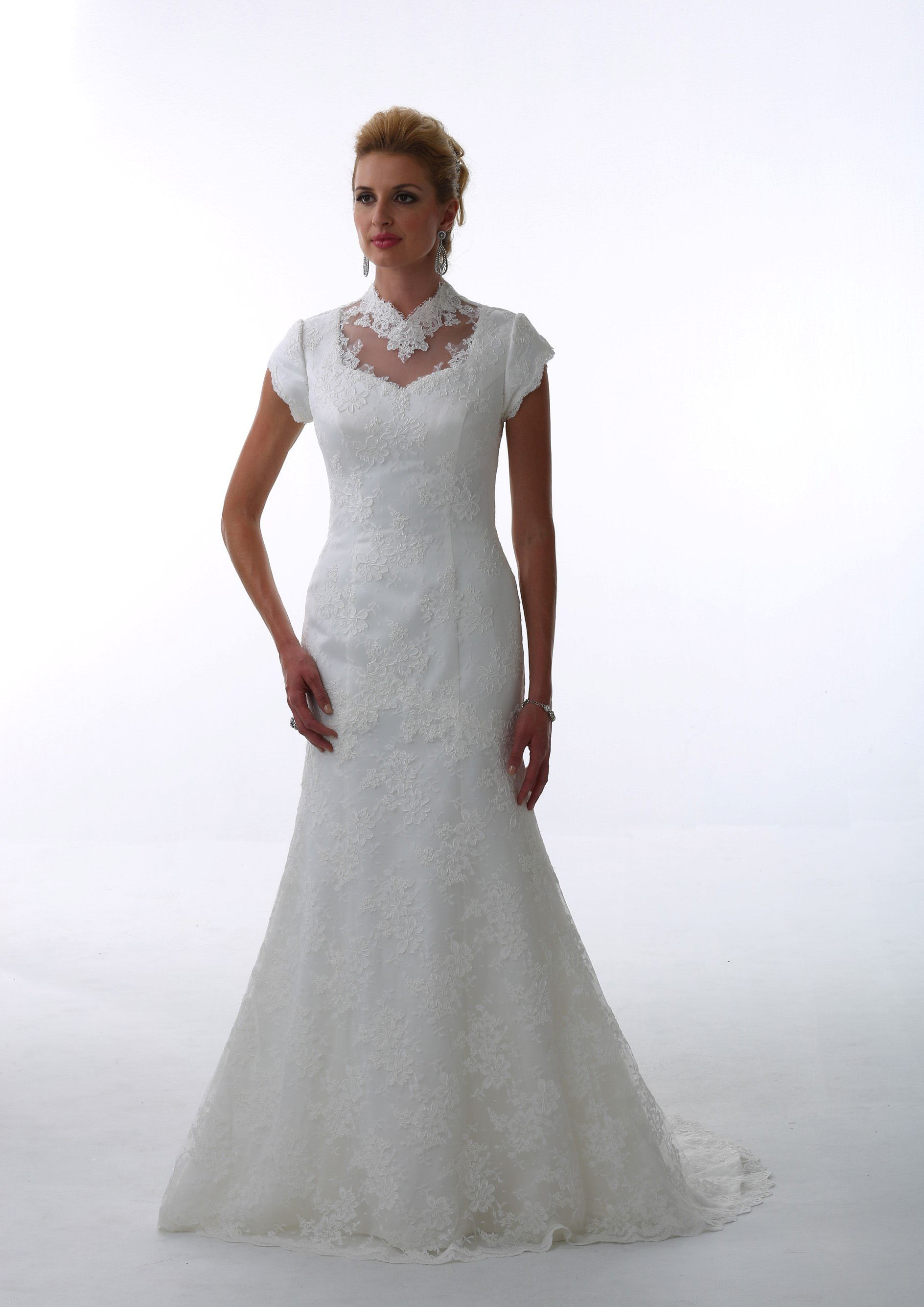 Modest Victorian Lace Temple-ready wedding gown at Tour of Elegance ...